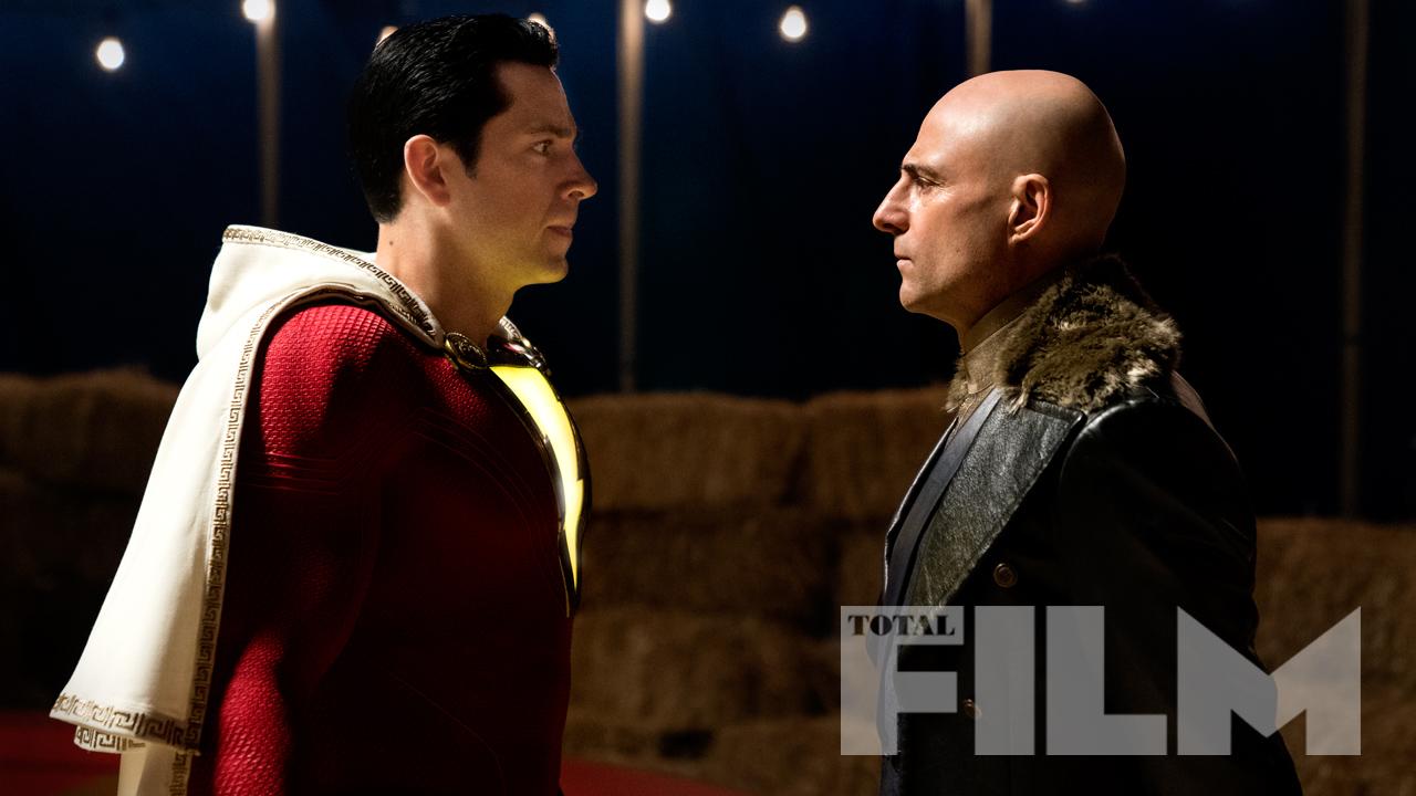 El Gran Queso Rojo (Zachary Levi) y el Dr. Sivana (Mark Strong) en Shazam! (2019). Imagen: Total Film Magazine